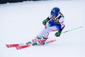 Petra Vlhová sa teší v cieli druhého kola.