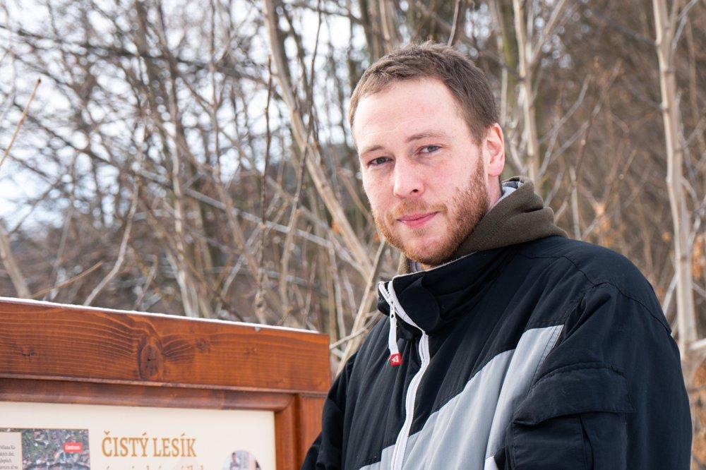 Eduard Gemza je učiteľ a koordinátor projektu Zelená škola na základnej škole v Banskej Štiavnici.