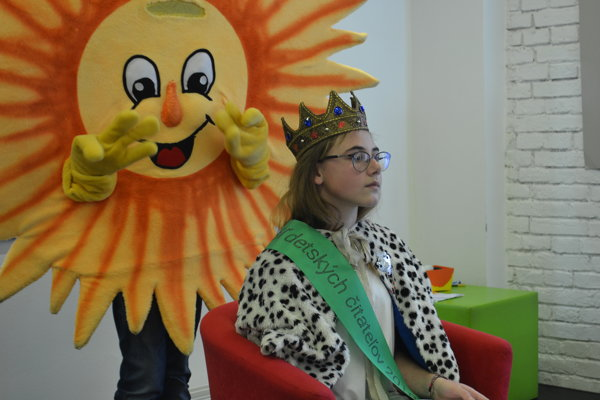 Kráľovnou detských čitateľov za minulý rok je Patrícia Ľuptáková, nový kráľ sa ujme vlády v apríli.