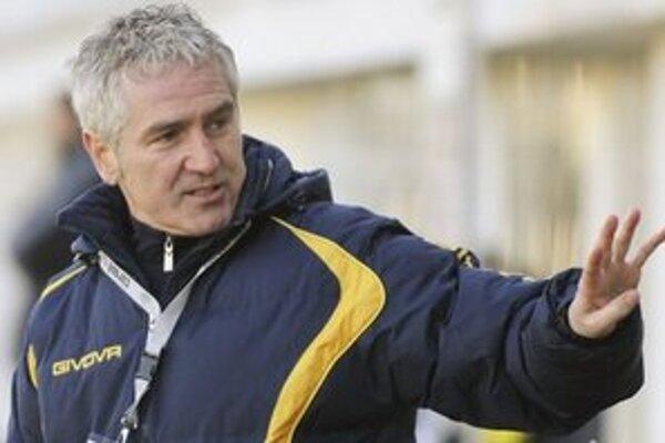 Ružomberských futbalistov intenzívne pripravuje tréner Ladislav Šimčo.