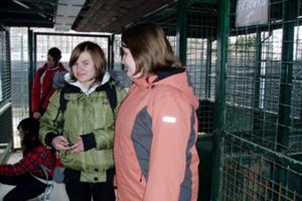 Dievčatá navštívili Karanténnu stanicu v Liptovskom Mikuláši a pod vplyvom zážitkov z nej sa rozhodli v škole usporiadať zbierku.