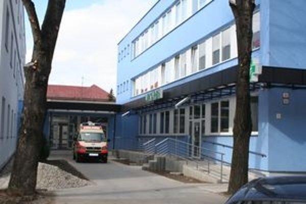 Lekárska služba prvej pomoci sa zo starej ošarpanej polikliniky presťahovala do moderných priestorov.