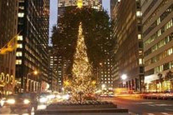 V New Yorku si čoraz častejšie želajú namiesto Merry Christmas Happy Holidays.