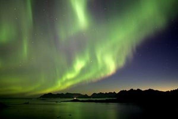 Plazmu môžeme vidieť v prírode v podobe blesku, polárnej žiary  aj hviezd.