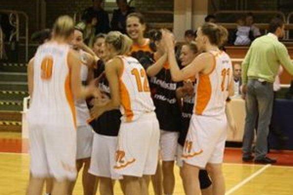 Medzi osem najlepších tímov sa prebojovalo aj družstvo MBK Ružomberok. Dievčatá po dvoch smoliarskych prehrách skončili na 7. mieste.