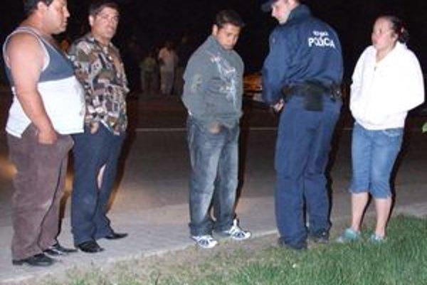 Situáciu riešili štátni aj mestskí policajti.