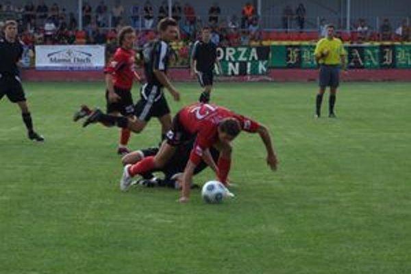 Futbalisti MFK Tatran AOS Liptovský Mikuláš budú mať už o necelý mesiac nové šatne.