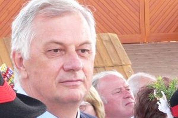 Michal Sýkora hovorí, že väčšina Štrbanov sa cíti byť Liptákmi, nie východniarmi.
