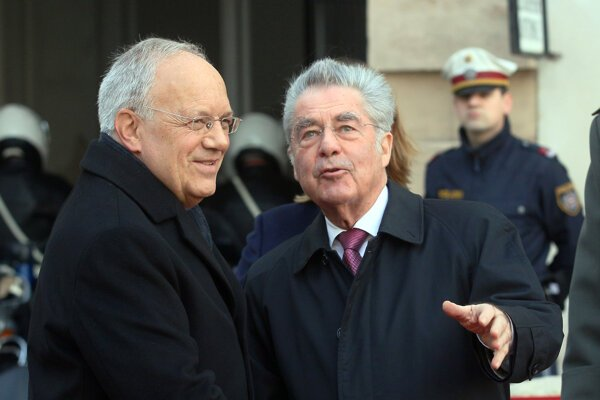 Rakúsky spolkový prezident Heinz Fischer (vpravo).