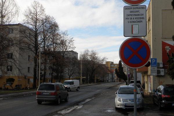 Na Ulici M. Mišíka došlo k zmene značenia.
