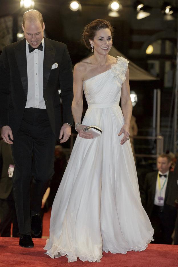Britský princ William a jeho manželka Kate.