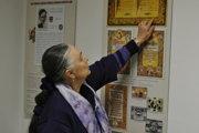 Gabriela Čiasnohová je zberateľkou a šíriteľkou Kosteníčkovej tvorby.