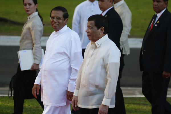Prezident Maithrípála Siriséna sa rozhodol pre tento krok po januárovej návšteve Filipín, kde tamojší prezident Rodrigo Duterte po nástupe do úradu v roku 2016 nariadil rozsiahlu akciu proti pašerákom drog, počas ktorej už zomreli tisíce podozrivých.