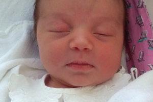 Laura v rodine Katky a Jozefa z Oravskej Lesnej sa teší zo sestričky. Júlia Poništiaková sa narodila 16. januára, vážila 3450 g a merala 51 cm.