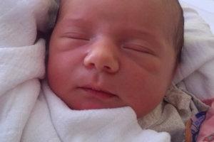 Rodičia Mária a Ján z Trstenej sa tešia z tretieho bábätka. Nina Kumorová prišla na svet 10. februára, vážila 4000 g a merala 53 cm. Doma ju čaká Oliver a Klaudia.