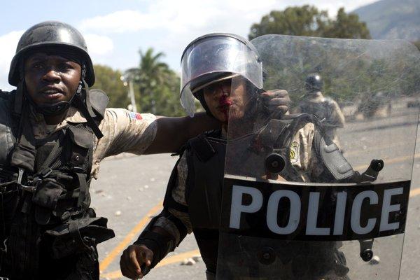 Čenovia haitskej polície