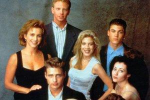 Zostava z Beverly Hills 90210 sa možno vráti kompletná.