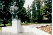 Socha F. Lehára v Komárne.