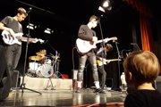 Kapela Virvar počas benefičného koncertu v Kremnici.