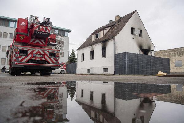 Pri požiari prišli o život piati ľudia.