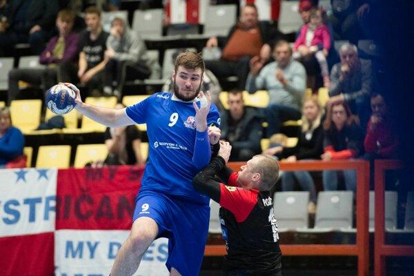 Ivan Bystrický (v modrom) dal Piešťanom štyri góly.