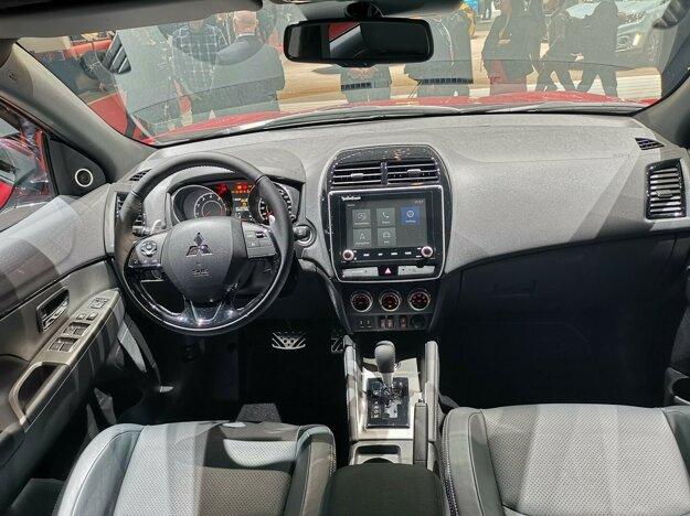 Interiér Mitsubishi ASX