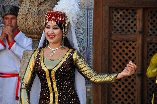 Orientálne tanečnice v meste Chiva