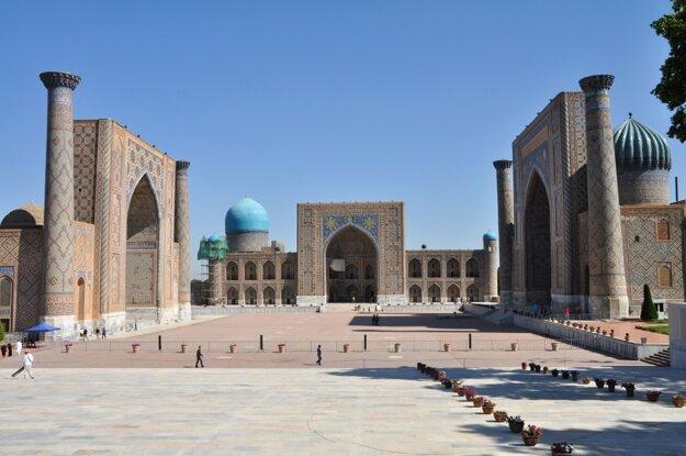 Najkrajšie námestie krajiny Registan