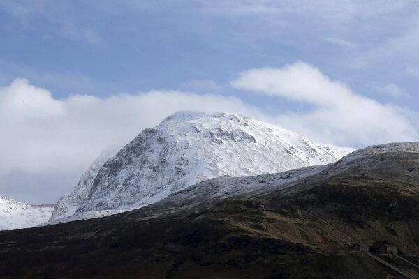 Hora Ben Nevis, ktorá sa nachádza v Škótskej vysočine, dosahuje výšku takmer 1 344 metrov nad morom.