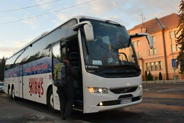 Víkendový 4x4 Skibus je prvým výraznejším projektom vzájomnej spolupráce s maďarskou župou Nógrád