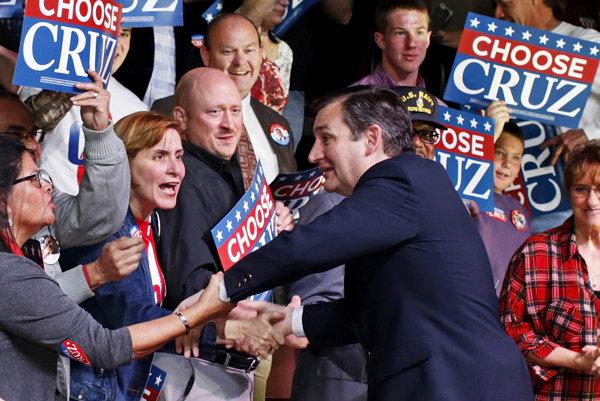 Republikánsky kandidát senátor Ted Cruz.