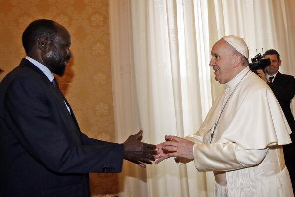 Pápež František sa v sobotu vo Vatikáne stretol s prezidentom Južného Sudánu Salvom Kiirom.