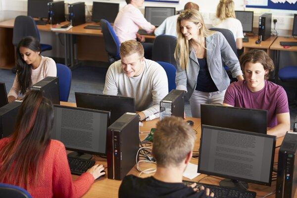 Zamestnávatelia žiadajú podporu technického a prírodovedného vzdelávania.