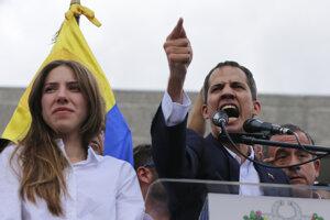 Vodca venezuelskej opozície Juan Guaidó a jeho manželka Fabiana.