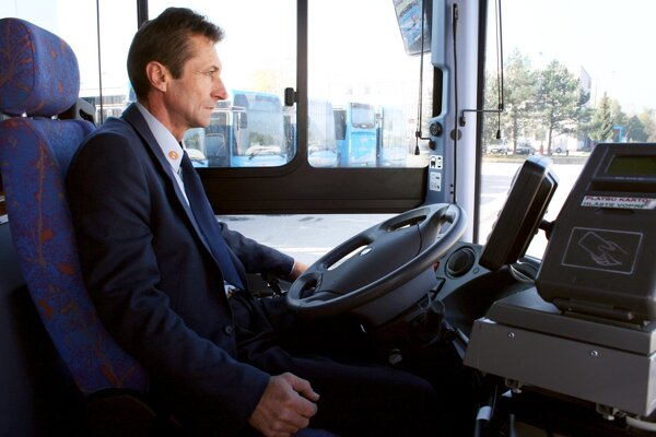 Aj na hornej Nitre by mali šoféri jazdiť tento rok v nových autobusoch.
