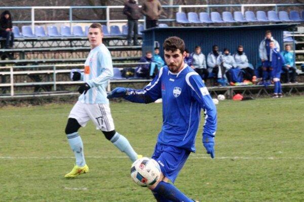 Márius Charizopulos svojím druhým gólom v sezóne zariadil najtesnejšie víťazstvo Nitry.