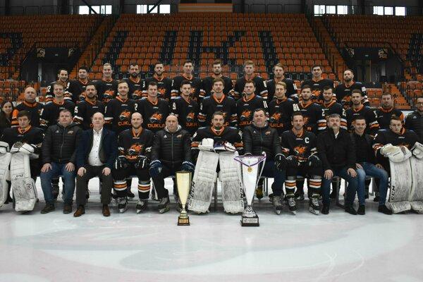 HK Dukla Ingema Michalovce - mužstvo postupujúce do najvyššej hokejovej súťaže.