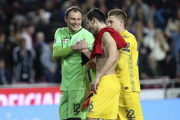 Futbalisti Ukrajiny v zápase proti Portugalsku.