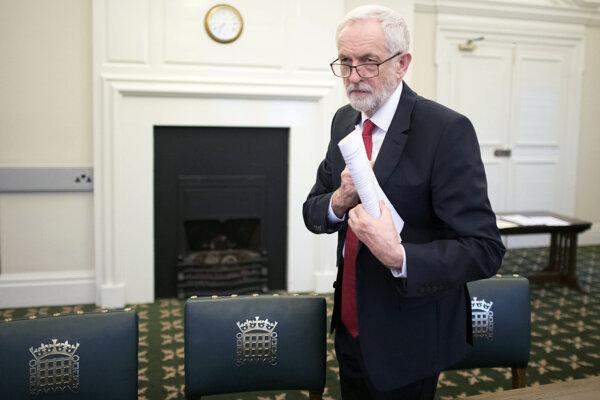 Líder britských opozičných labouristov Jeremy Corbyn.