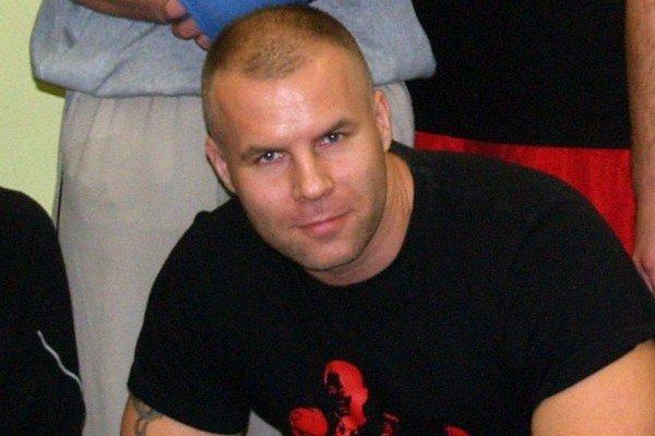 Tréner Štefan Bohinský. Spolu s Hugom Hojtelom už roky vychovávajú v Lučenci úspešných pästiarov.