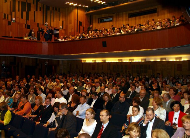 Divadlo Pavla Országha Hviezdoslava