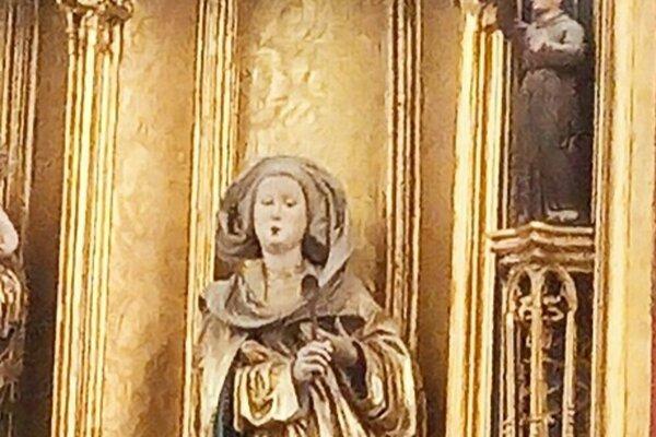 Socha svätej Alžbety v Dóme.