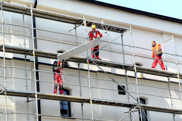 Práce na rekonštrukcii fasády zhltnú vyše trištvrte milióna.