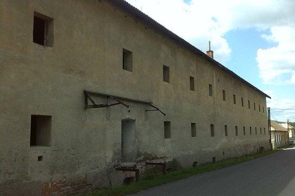 Budova je už roky nevyužitá.