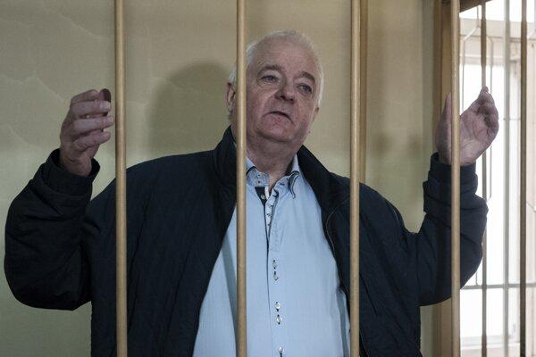 Na archívnej snímke z 1. októbra 2018 inšpektor nórskej pohraničnej stráže vo výslužbe Frode Berg na súde v Moskve.