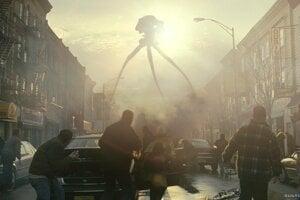 Film Vojna svetov je adaptáciou rovnomenného románu. Ukazuje inváziu Marťanov na Zemi.