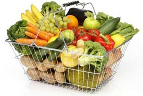 Ľuďom chýba v obchodoch ovocie a zelenina z domácej produkcie.
