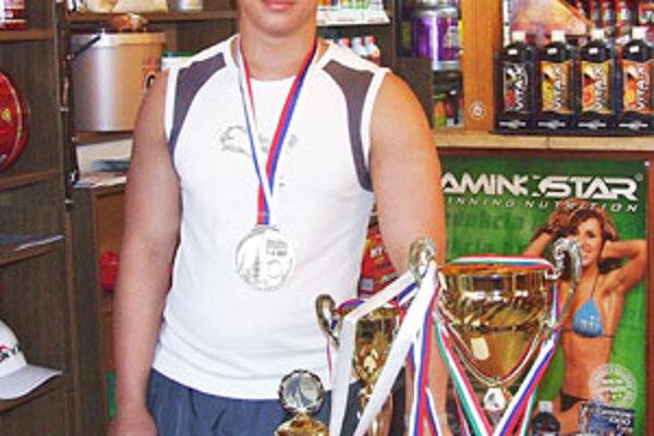 Mladému Haličanovi sa rozrastá zbierka vzácnych trofejí.