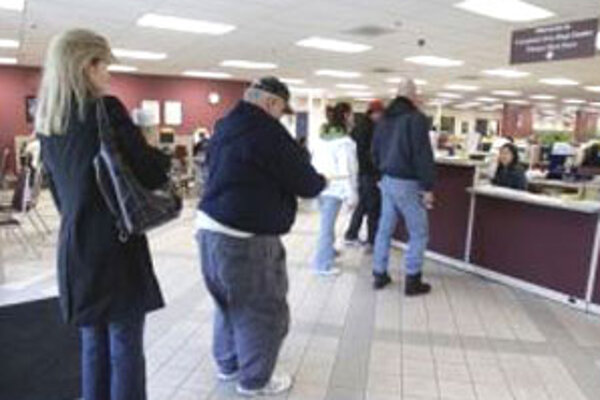 Úrad práce. V počte nezamestnaných je Banskobystrický kraj na treťom mieste.