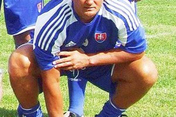 Karol Praženica povedie tím seniorov TJ Baník Ružiná spolu s bývalým kapitánom LAFC Lučenec Tomášom Boháčikom, ktorý je hrajúcim manažérom Ružinej.